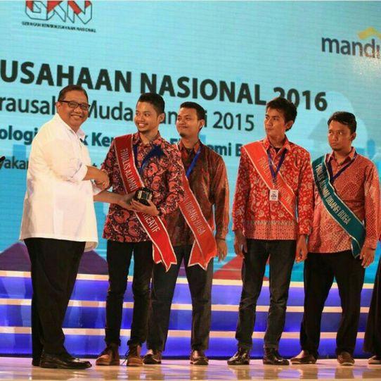 Cera Production Produsen Souvenir Perusahaan Juarai Wirausaha Muda Mandiri 2015