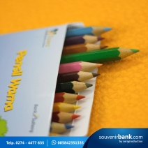 souvenir perbankan - souvenir pensil warna milik bank sulteng